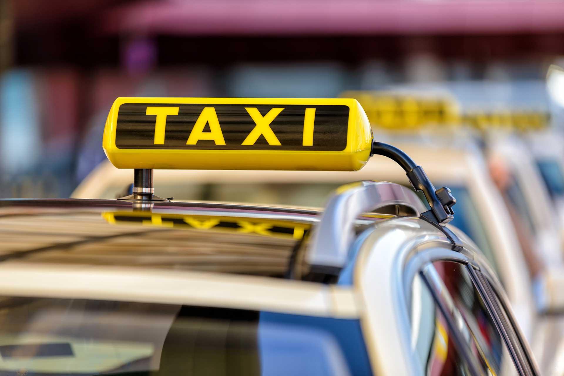 Taxi Flughafen Transfer Frankfurt